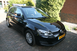 Rijlesauto Volkswagen Golf (handgeschakeld)